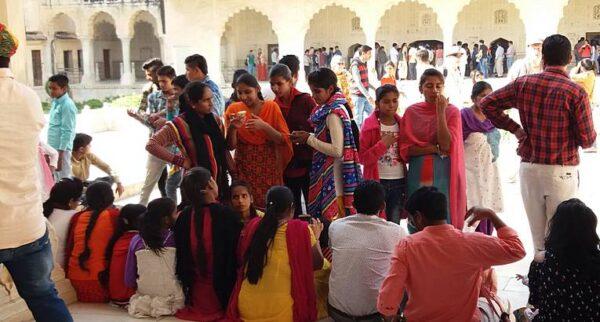 """Lichtbildvortrag """"Auf eigene Faust durch das märchenhafte, farbenfrohe Rajasthan und nach Varanasi (Indien)!"""""""